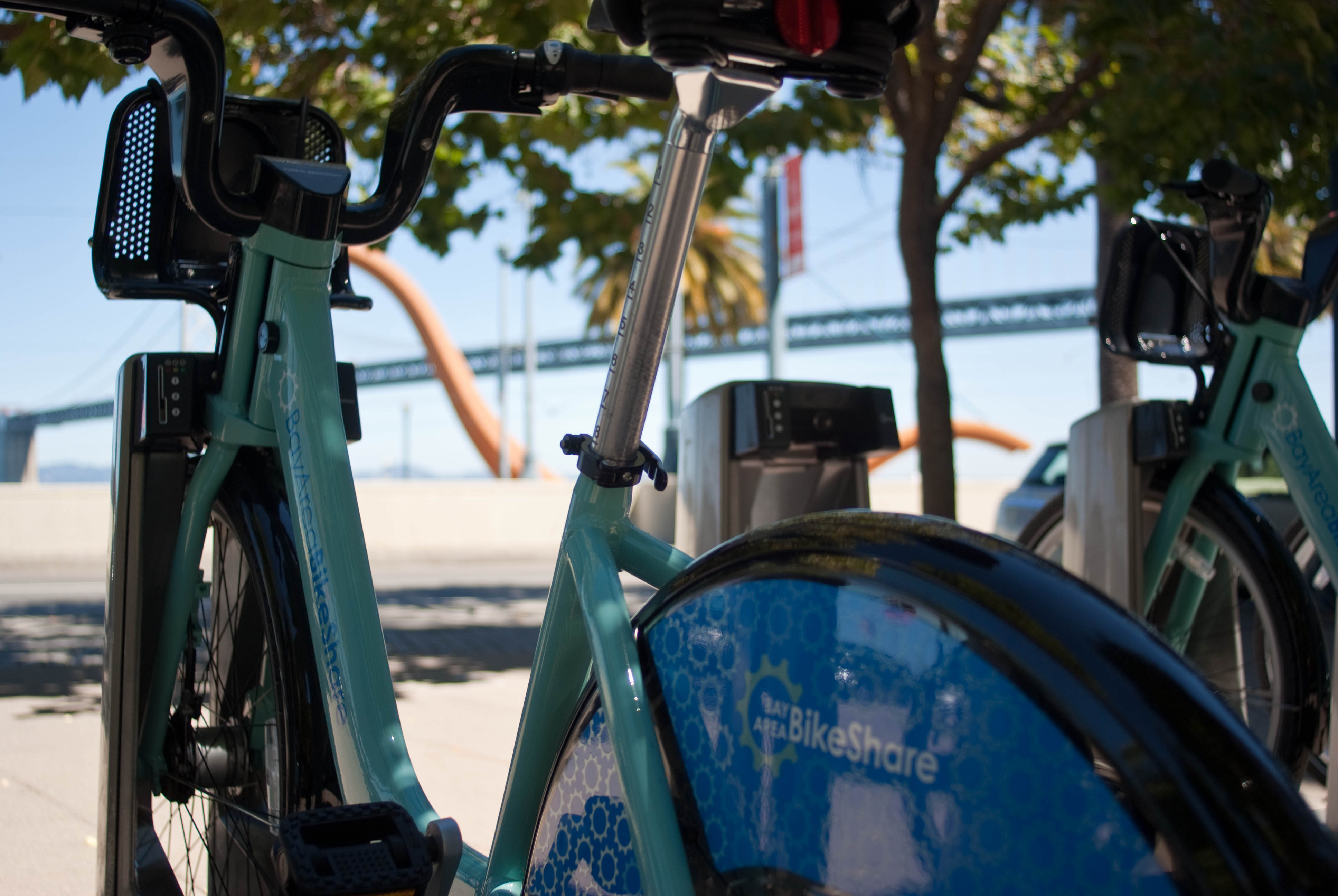 20600 In 11. Embarcadero at Folsom - Bow and Seatpost