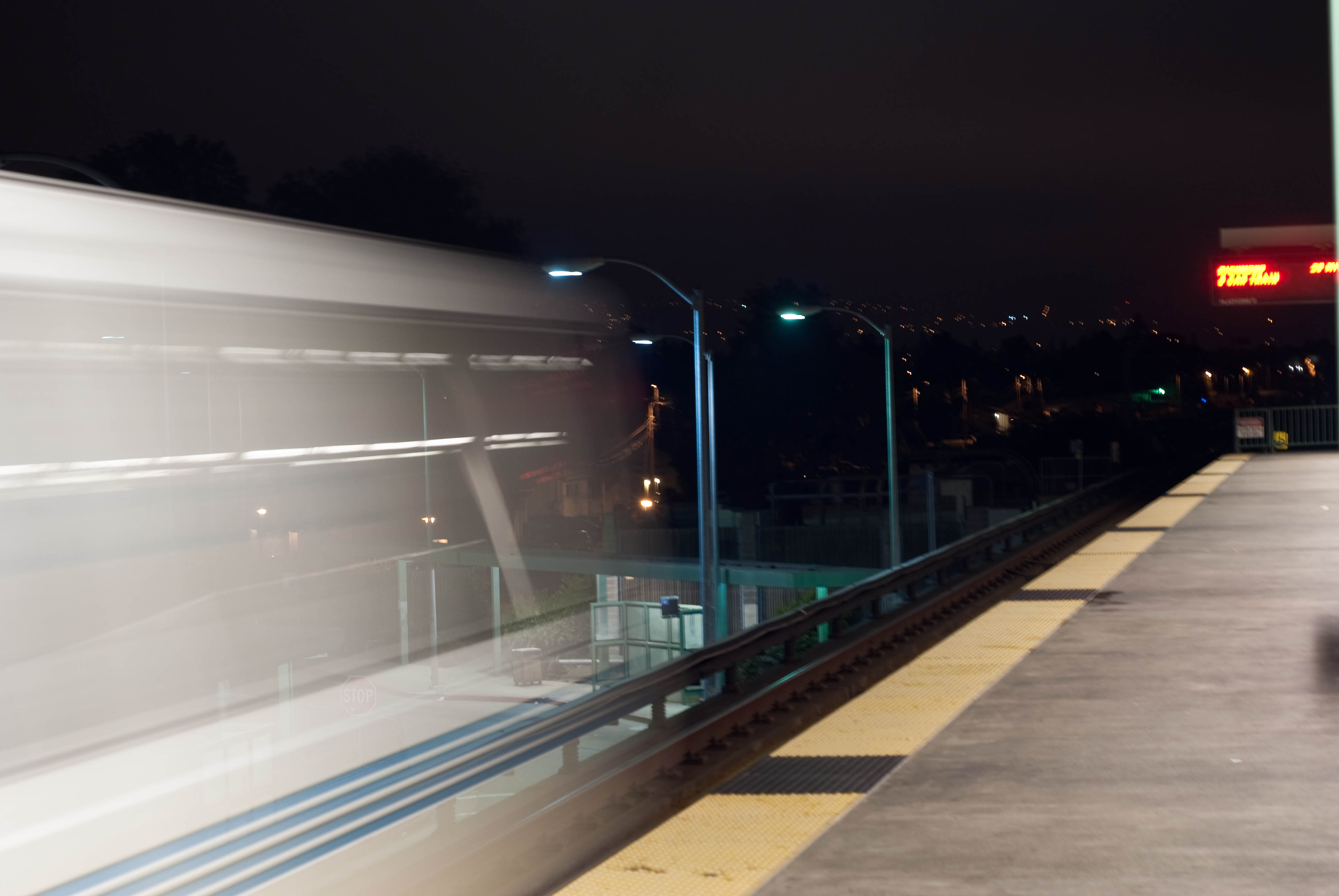 09699 Richmond train departs Bayfair BART Station